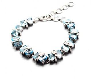 Blue Topaz Silver Kiss Bracelet