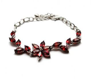 Garnet Silver Flower And Leaf Bracelet