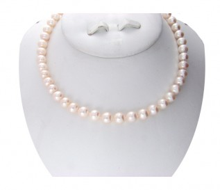 8-9mm Round White Pearl 16 Inch Necklace