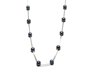 Black Pearl Necklace In Silver