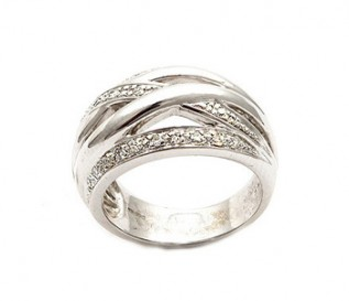9k White Gold 0.15ct Diamond Crossover Dress Ring