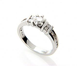 18k White Gold 0.74ct Diamond Engagement Ring