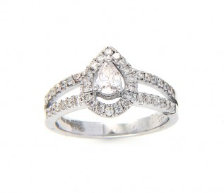 18k White Gold 0.77ct Pear Diamond Halo Engagement Ring