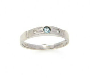 9ct White Gold Blue Topaz Ring with 0.03ct Diamonds