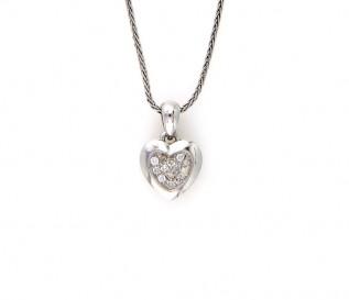 9k White Gold 0.14ct Diamond Cluster Heart Pendant