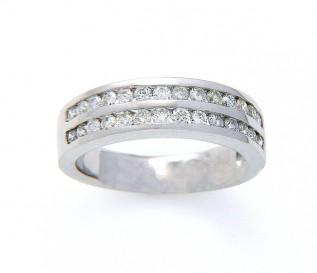 9k White Gold 0.70ct Diamond Wedding Ring